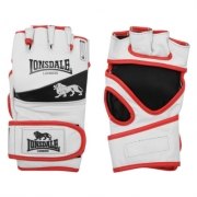 Manusi Lonsdale MMA Training