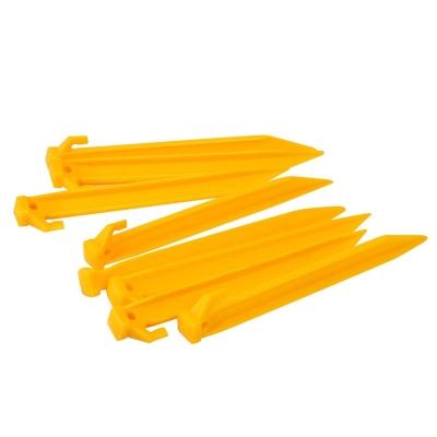 Gelert Plastic Pegs