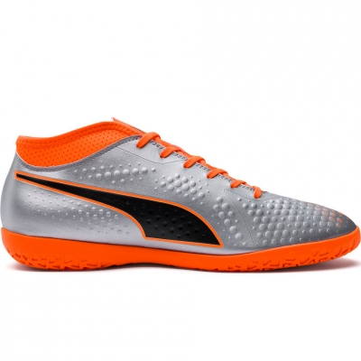 Ghete fotbal Puma One 4 Son IT 104750 01