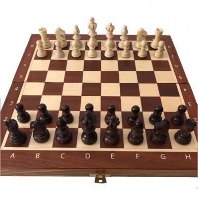 Veneered chess Mag